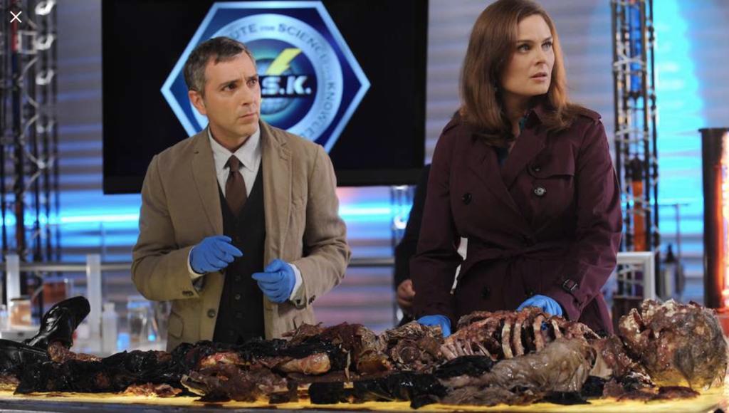 【BONES<ボーンズ>−骨は語る−シーズン7】は全13話のエピソードのさわりを少し紹介!