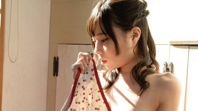 【白石りん<しらいしりん>Rin 巨乳デザイナー、淫らに乱れて…】の見所・ストーリー(あらすじ)・ネタバレ・出演セクシー女優イメージの過去作品は?