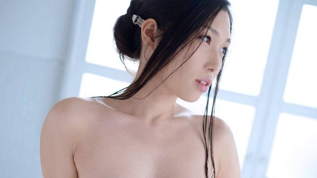 【葉山麗<はやまれい>初裸 virgin nude】の見所・ストーリー(あらすじ)・ネタバレ・出演セクシーアイドル女優イメージの過去作品は?
